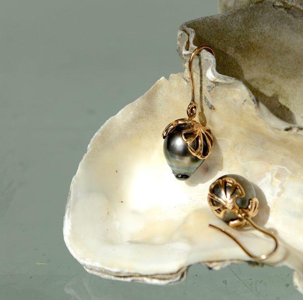 Øre hænger med 18kt 750 guld, Tahiti grønblå perler