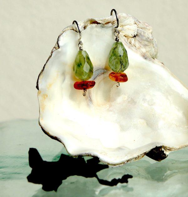 Ørehænger med sterling sølv lås, rosa kvarts og ferskvands perler